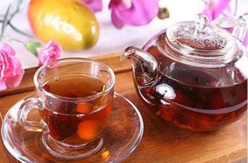 Trà long nhãn, táo đỏ, kỷ tử có tác dụng bổ khí, dưỡng huyết, an thần, bồi bổ sức khỏe