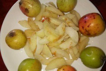 Cách làm táo mèo dầm chua ngọt